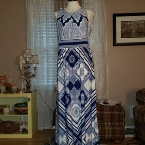 Maxi Dress Size - M (EUC)